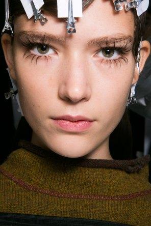 Marni-backstage-beauty-spring-2016-fashion-show-the-impression-021