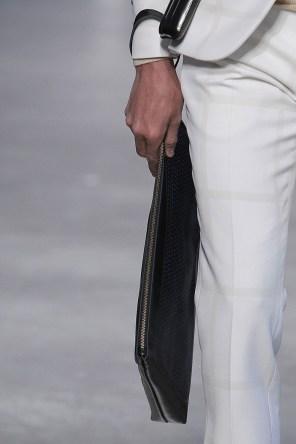 Miguel-Vieira-fall-2017-fashion-show-details-the-impression-33
