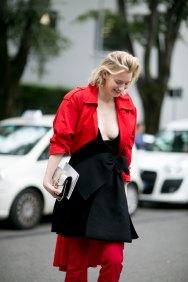 Milan-fashion-week-street-style-day-6-september-2015-the-impression-045