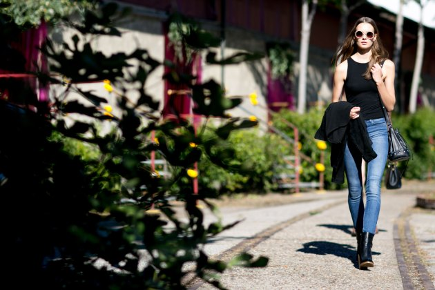 Milan-fashipn-week-street-stytle-day-2-september-2015-the-impression-023
