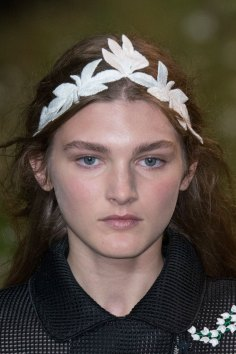 Moncler-Gamme-Rouge-spring-2016-runway-beauty-fashion-show-the-impression-43