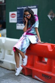 NEW-YORK-FASHION-WEEK-STREETS-STYLE-DAY5-spring-2016-fashion-show-the-impression-02 (1)