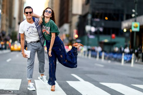 NEW-YORK-FASHION-WEEK-STREETS-STYLE-DAY5-spring-2016-fashion-show-the-impression-04 (1)