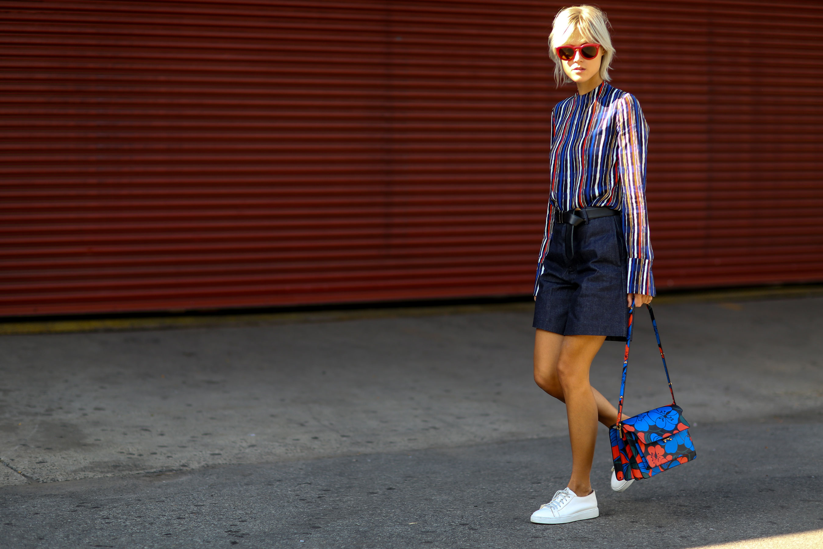 NEW-YORK-FASHION-WEEK-STREETS-STYLE-DAY5-spring-2016-fashion-show-the-impression-93