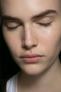 PROENZA-SCHOULER-beauty-spring-2016-fashion-show-the-impression-04