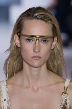 Paco-Rabanne-spring-2016-runway-beauty-fashion-show-the-impression-25