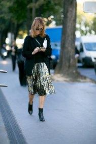 Paris-fashion-week-street-style-day-1-september-2015-the-impression-037