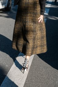 Paris-fashion-week-street-style-day-2-september-2015-the-impression-091