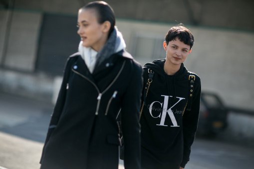 Paris-fashion-week-street-style-day-6-october-2015-the-impression-005