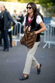Paris-fashion-week-street-style-day-6-october-2015-the-impression-057