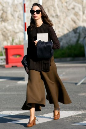 Paris-fashion-week-street-style-day-6-october-2015-the-impression-100