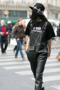 Paris-fashion-week-street-style-day-7-october-15-the-impression-11