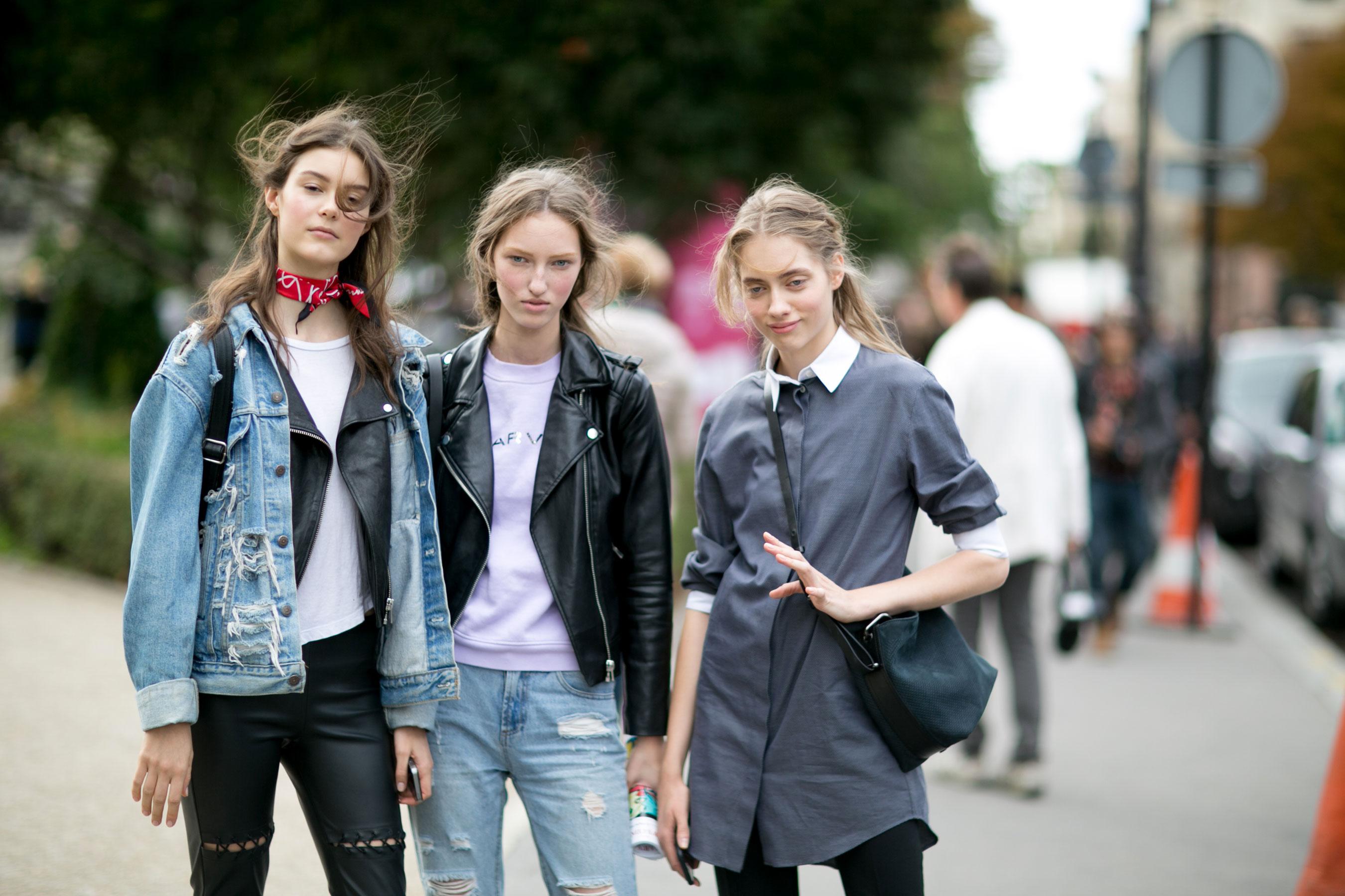 Paris-fashion-week-street-style-day-9-october-2015034