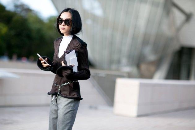 Paris-fashion-week-street-style-day-9-october-2015056