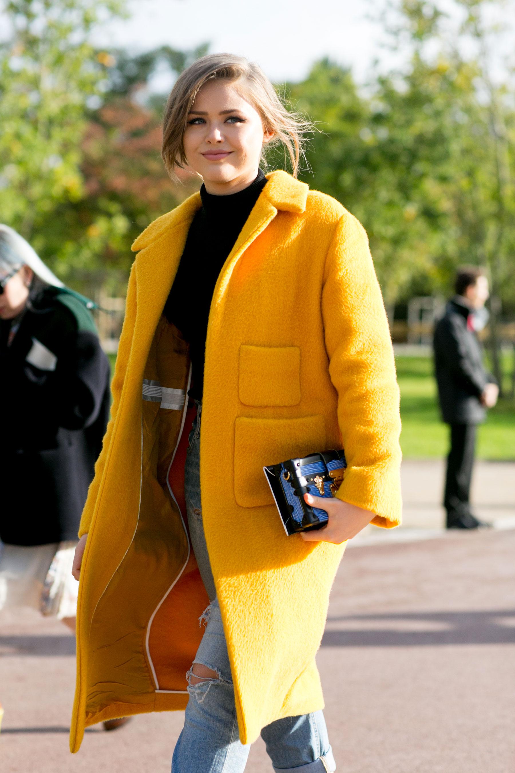 Paris-fashion-week-street-style-day-9-october-2015078