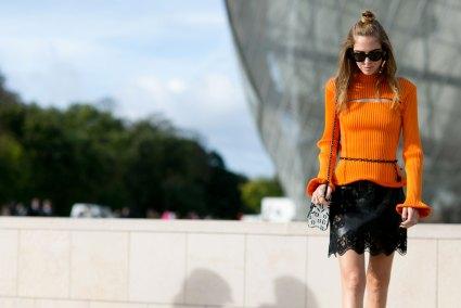 Paris-fashion-week-street-style-day-9-october-2015096