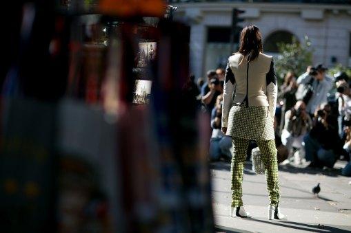 Paris-fashion-week-street-style-september-2015-day-3-the-impression-087