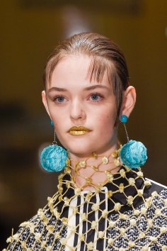Prada-spring-2016-runway-beauty-fashion-show-the-impression-007