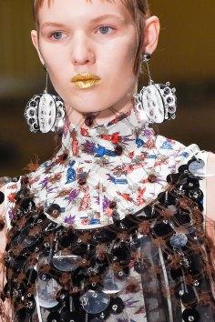 Prada-spring-2016-runway-beauty-fashion-show-the-impression-022