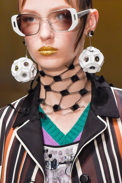 Prada-spring-2016-runway-beauty-fashion-show-the-impression-028