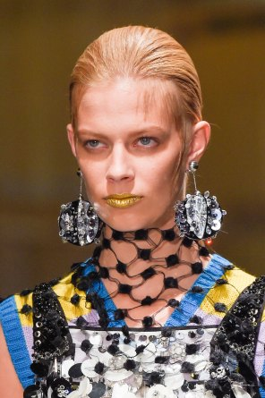Prada-spring-2016-runway-beauty-fashion-show-the-impression-049