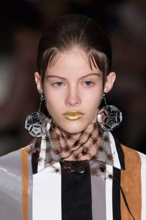 Prada-spring-2016-runway-beauty-fashion-show-the-impression-075