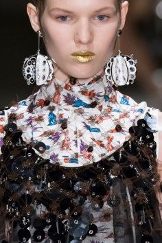 Prada-spring-2016-runway-beauty-fashion-show-the-impression-080