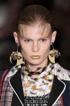 Prada-spring-2016-runway-beauty-fashion-show-the-impression-085