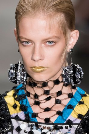 Prada-spring-2016-runway-beauty-fashion-show-the-impression-135