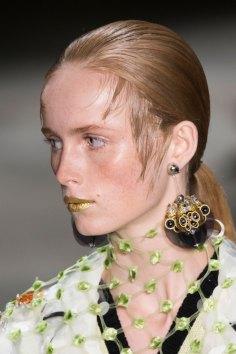 Prada-spring-2016-runway-beauty-fashion-show-the-impression-143
