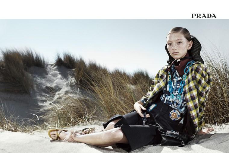 Prada-spring-2017-ad-campaign-the-impression-03