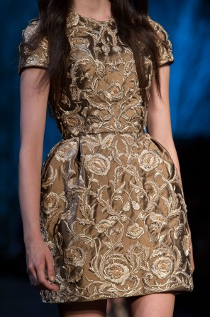 RALPH-and-RUSSO-close-ups-fall-2015-couture-the-impression-068