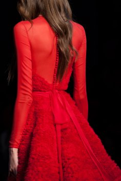 RALPH-and-RUSSO-close-ups-fall-2015-couture-the-impression-096