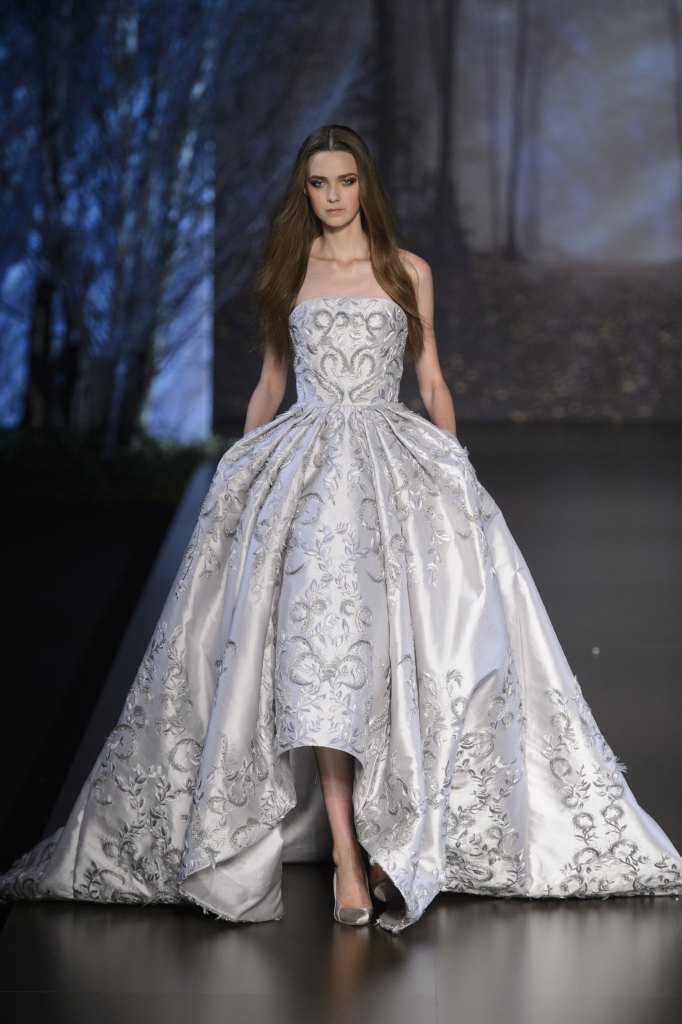 RALPH-and-RUSSO-fall-2015-couture-the-impression-022
