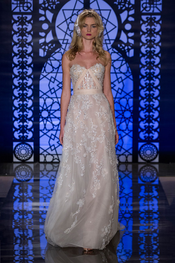 Reem-Acra-fall-2016-bridal-fashion-show-the-impression-05