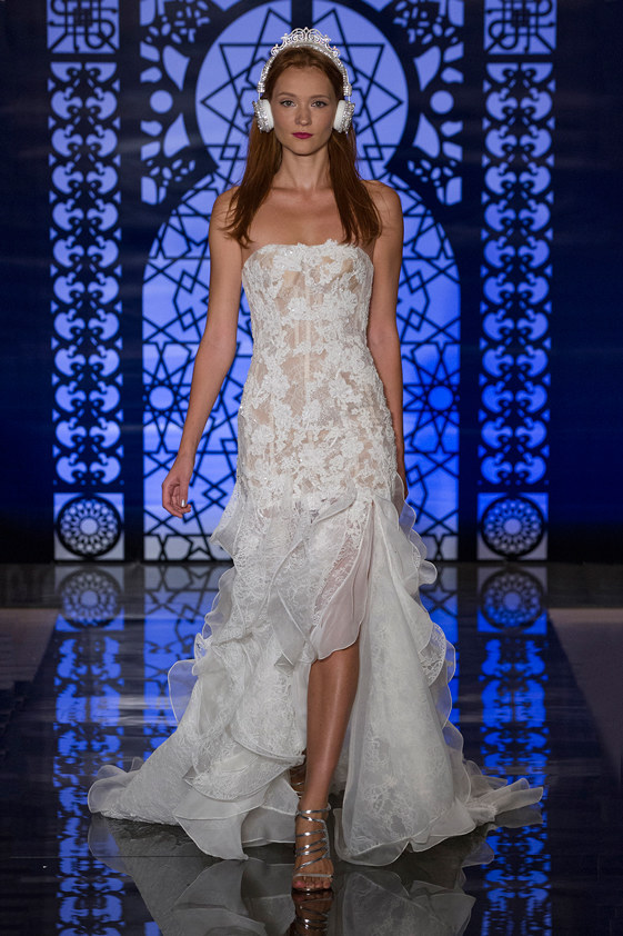 Reem-Acra-fall-2016-bridal-fashion-show-the-impression-21