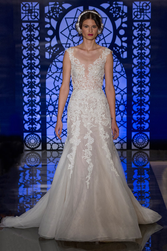Reem-Acra-fall-2016-bridal-fashion-show-the-impression-24