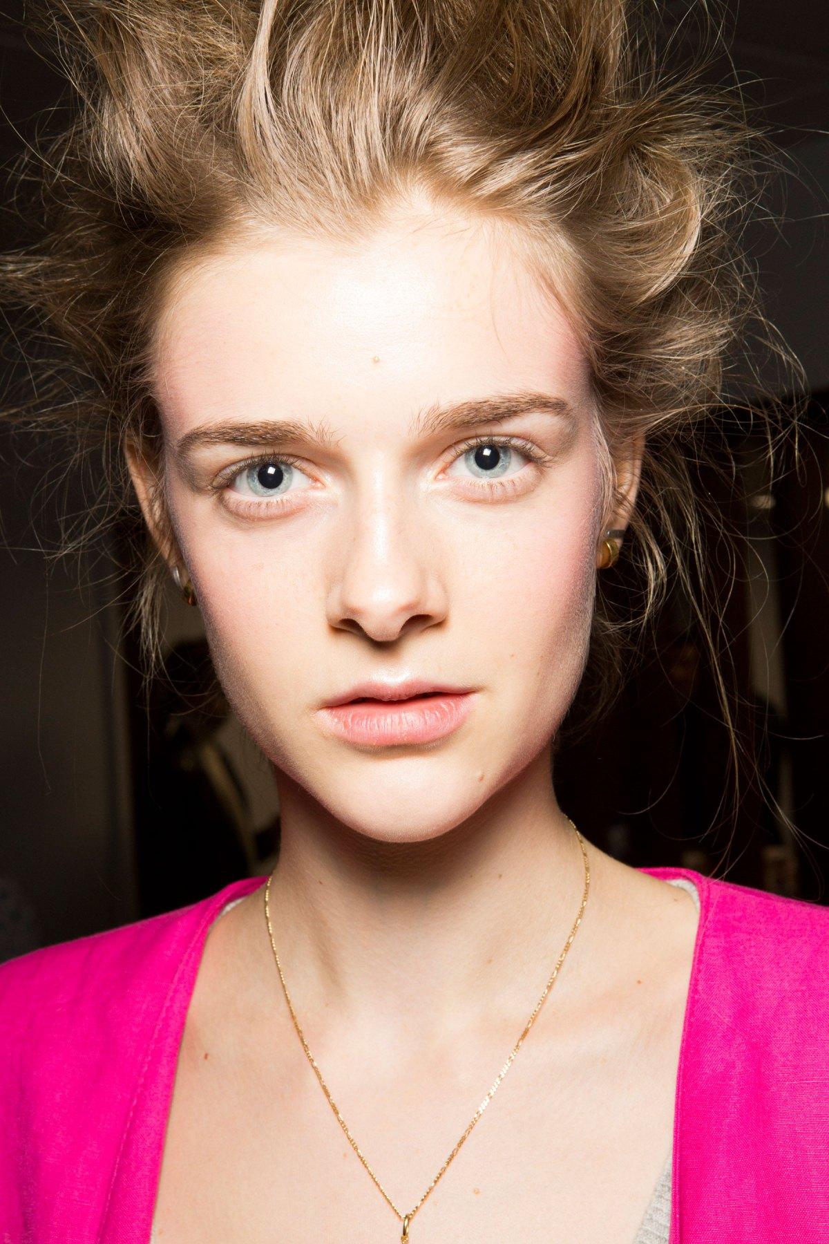 SIMONE-ROCHA-beauty-spring-2016-fashion-show-the-impression-039