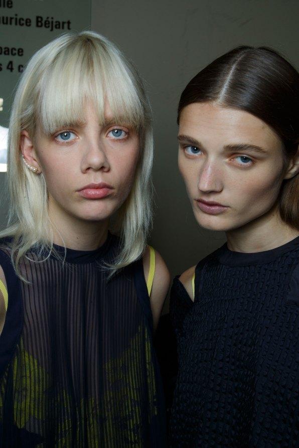 Sacai-spring-2016-beauty-fashion-show-the-impression-43
