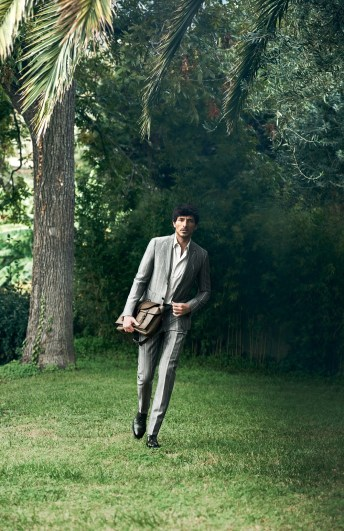Salvatore-Ferragamo-spring-2017-ad-campaign-the-impression-05