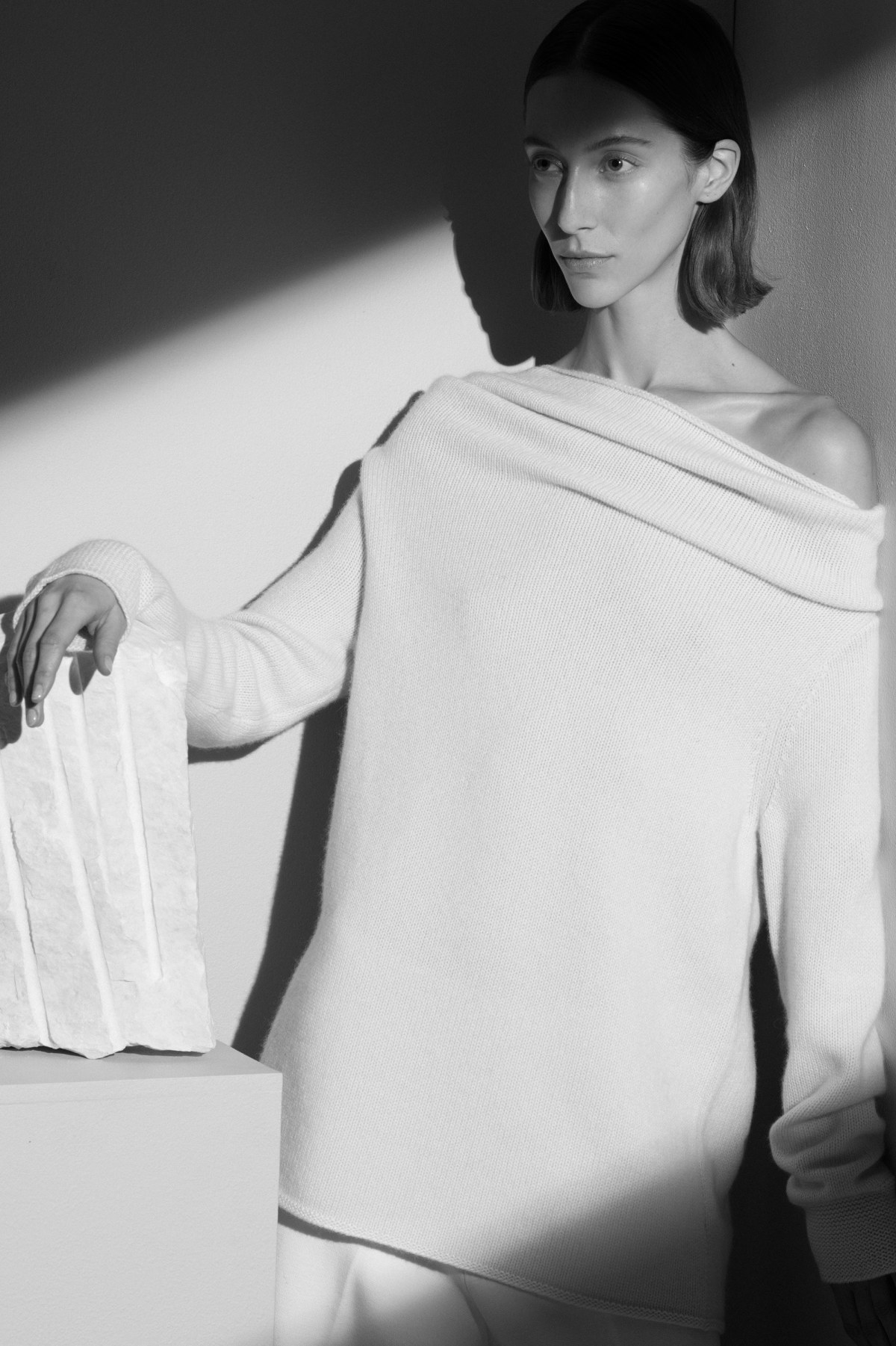 tse-pre-fall-2017-fashion-show-the-impression-16