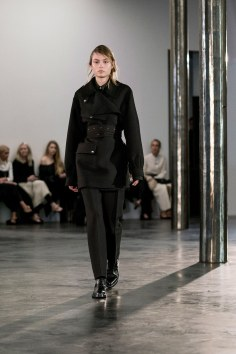 The-Row-fall-2017-fashion-show-the-impression-23