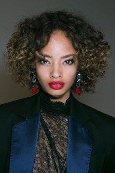 Topshop-Unique-beauty-spring-2016-fashion-show-the-impression-007