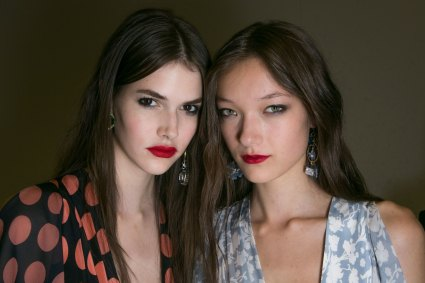 Topshop-Unique-beauty-spring-2016-fashion-show-the-impression-038