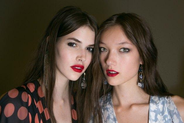 Topshop-Unique-beauty-spring-2016-fashion-show-the-impression-040