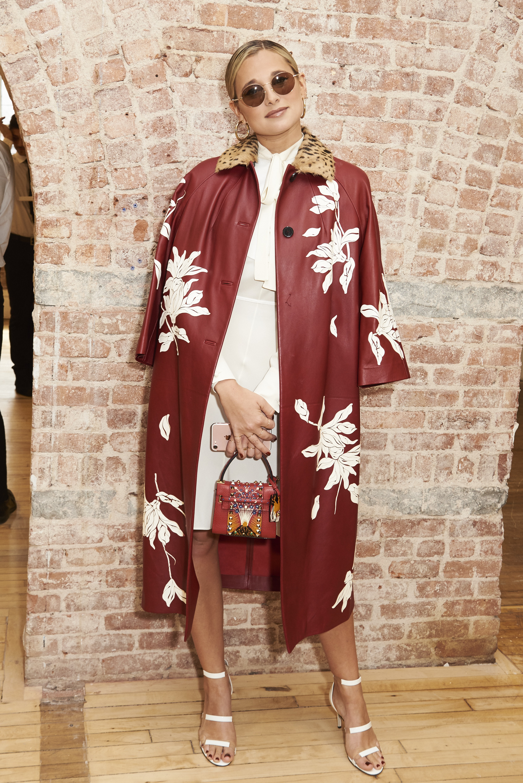 Valentino-resort-2018-front-row-fashion-show-the-impression-002