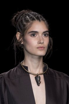 Valentino-spring-2016-runway-beauty-fashion-show-the-impression-01