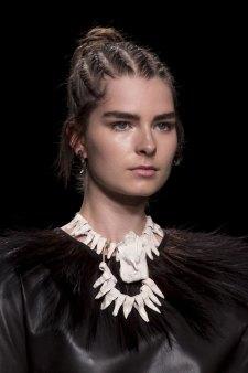 Valentino-spring-2016-runway-beauty-fashion-show-the-impression-16