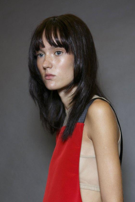 Vera-Wang-backstage-beauty-spring-2016-fashion-show-the-impression-34