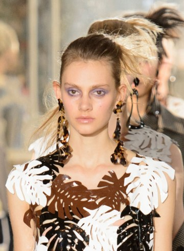 Veronique Leroy Spring 2016 fashion Show Photo